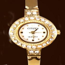 Gold Plated Women Watch With Free Pendant