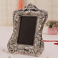 Designer White Metal Photo Frame